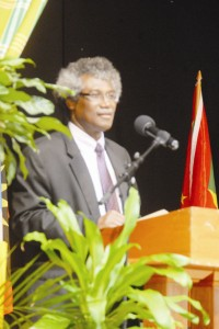 Sir K. Dwight Vennon speaking in Montserrat - (ile photo)